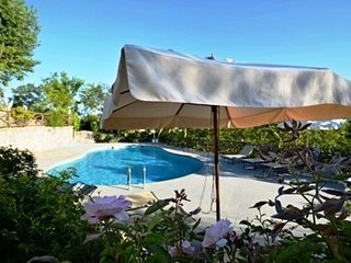Sant'Agata sui Due Golfi Villa Sleeps 13 with Pool Air Con and WiFi - 5737736