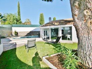 4 bedroom Villa in Areias de Sao Joao, Faro, Portugal - 5721103