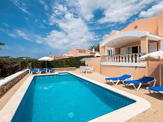 4 bedroom Villa with Pool, Air Con and WiFi - 5737796