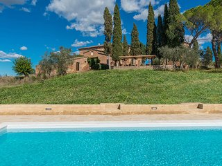 Casale Rasa 12 sleeps, Emma Villas Exclusive