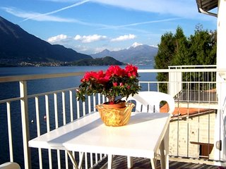 Bellagio Villas - La Traviata with balcony directly on the Lake
