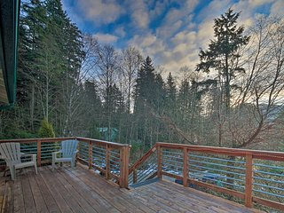 NEW! Cozy Juneau Apartment w/Fire Pit Near Fishing