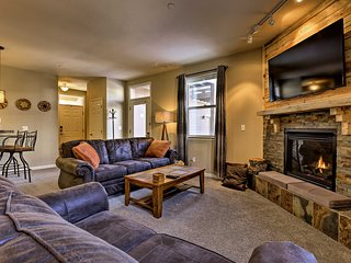 Fraser Condo w/ Patio by Free Winter Park Shuttle!