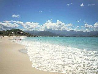 Tranquilidade e diversão na praia