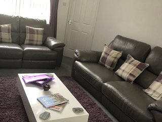 2 & 3 seater recliner sofas