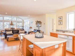 #326: Lieutenant Island home, water views, multiple decks, sunroom, sleeps 11!