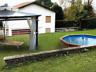 Spacious villa in Ranco with Parking, Internet, Washing machine, Pool