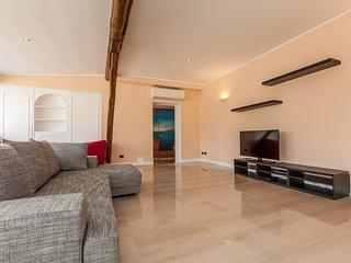 Roma Holiday Apartment 25618