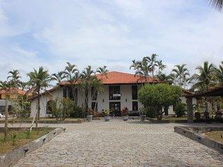 THE DOORS - Casa Larrosa Itauna