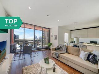 A Cozy 2BR Home in the CBD Next to Southern Cross