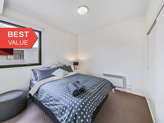 Cozy 2BR Suite Near Flemington Races, FREE Parking