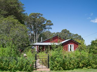 Bowerbird Cottage Bundanoon - Pet Friendly