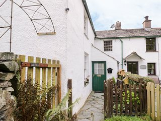 CASTLE LODGE, Woodburner, Pet-friendly, Keswick