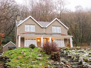 COEDFRYN, stunning countryside views, near Betws-y-Coed