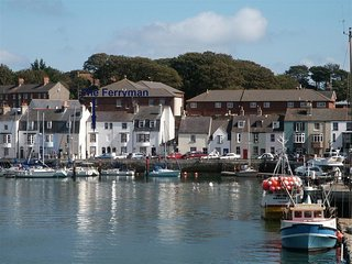 THE FERRYMAN, habourside , harbour views, sleeps 5, WiFi, Weymouth