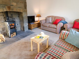 12 LINTON FALLS, Woodburner, Open-plan living, WiFi, Skipton