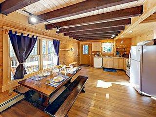 TurnKey - Amazing All-Season Sprucewold Cabin w/ Private Beach Club Access