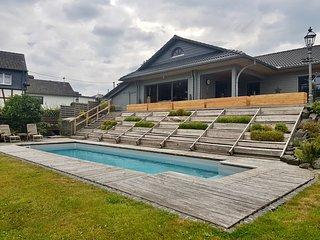 Ferienhaus 'Haus Gaby' mit beheizbarem Pool, Hunde erlaubt