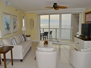 Beachside II 4338 - condo right on the beach with pool, resort tram + balcony