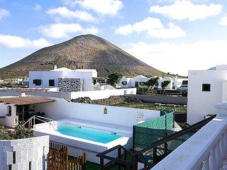 Charming Canarian Villa In Lanzarote