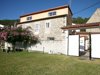 Cozy house close to the center of A Guarda with Parking, Internet, Washing machi