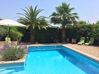 Maison avec piscine et jardin au calme, sans vis à vis