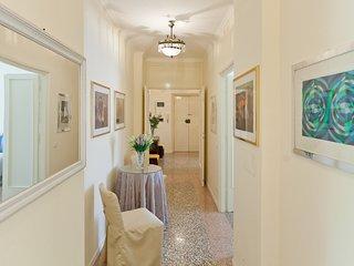 Roma Holiday Apartment 25535