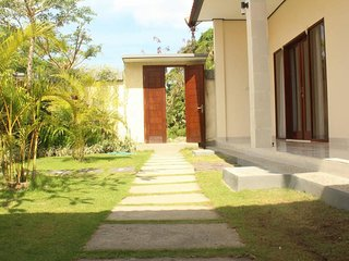 one fullbed with private bathroom in canggu
