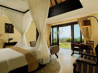 3BDR Hill Villa Nusa Dua with Ocean View