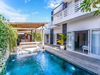 4BDR Blue White Modern Villa at Nusa Dua