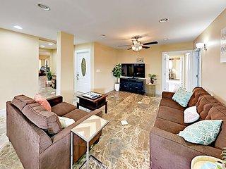 Recently Remodeled, Spacious Kailua Getaway - ADA Compliant, Close to Beach