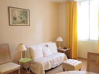 Very Central 2 Bedrooms close Croisette and Palais des Festivals