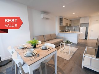 A Dreamy 2BR, CBD Apartment Near Southern Cross