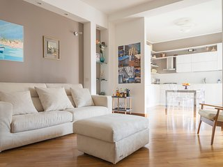 MILANO COSMOPOLITAN HOME, Cozy and furnished apartment - for 6 guests