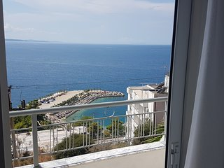 Apartments Makla offers excellent accommodation in Saranda