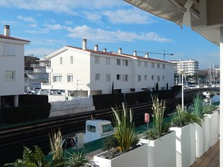 Girorooms - Luxury apartment in the Port of Platja d'Aro with pool - UNIVERSALS