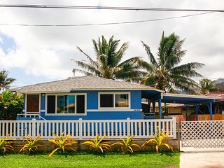 Beachside Blue w/AC, Experience island living to the fullest!