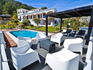 Luxury Villa with private pool La Herradura