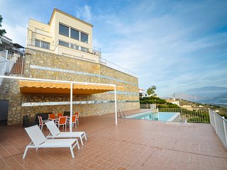 Maginificent villa with stunning views and a private pool