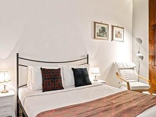 Charming studio flat in Esquilino