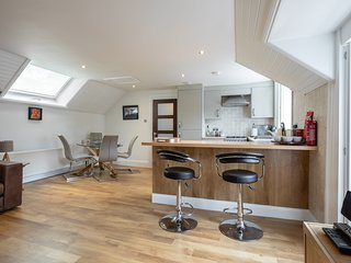 SOCAIR   A LUXURIOUS SELF CATERING APARTMENT IN CALLANDER,THE TROSSACHS,SCOTLAND
