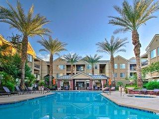 Condo w/Resort-Style Amenities By Downtown Phoenix