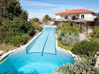 Villa Mimosa Sorede; South of France Villa with pool & hot tub for large groups.