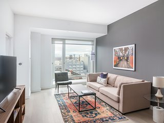 Contemporary 1BR in Hell's Kitchen by Sonder