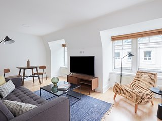Lovely 2BR in Mayfair by Sonder
