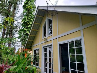 Big Island Rain Forest Cottage