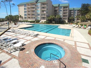 Oceanview resort condo with pools, hot tubs, beach access, and much more!