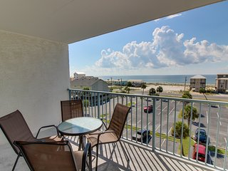 NEW LISTING! Waterfront condo w/ shared pool & hot tub - across road from beach