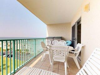 NEW LISTING! Gulf-facing balcony, shared pool, hot tub, gym! Family friendly!
