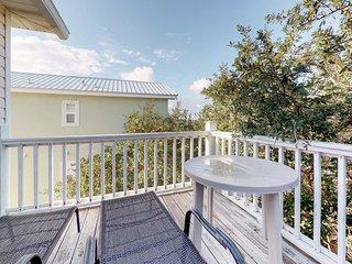 Gulf view home w/ 2-level deck, beach access & shared pools/hot tub/gym!